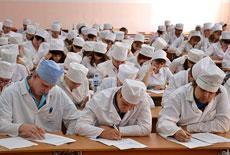 Для студентов-медиков снизили проходной балл — МОЗ